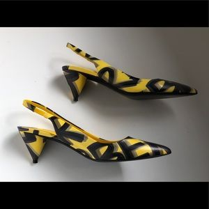 Burberry Yellow/Black Leather Slingback
